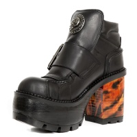 Seventies Black Flames Platform