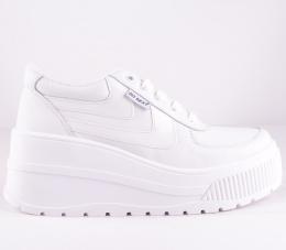 White / White Surwave Platform