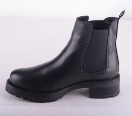 Chelsea Boot Black Lining