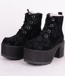 Nosebleed Boot Black Velvet