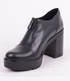 Low Zip Black 041
