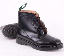 5d7db3b5a7ff 6 Eye Brogue Boot Black 019