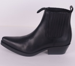 Pointed Boots 1661-03 Black