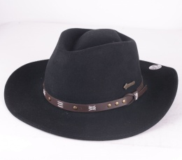 Emerald Black Felt Hat