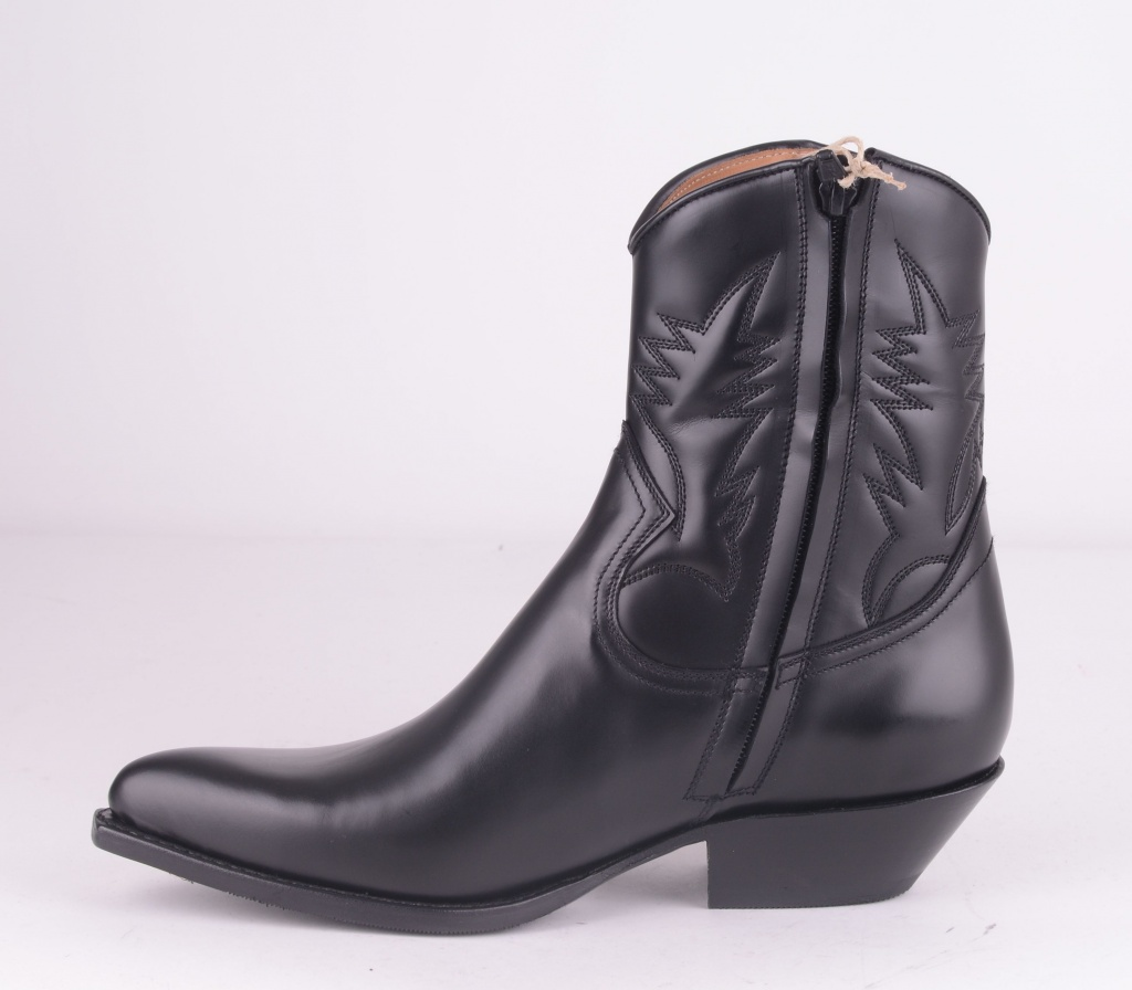 13603 Rois Negro Zip Boot