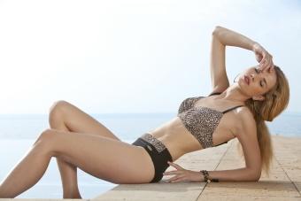 Damella bikini leo