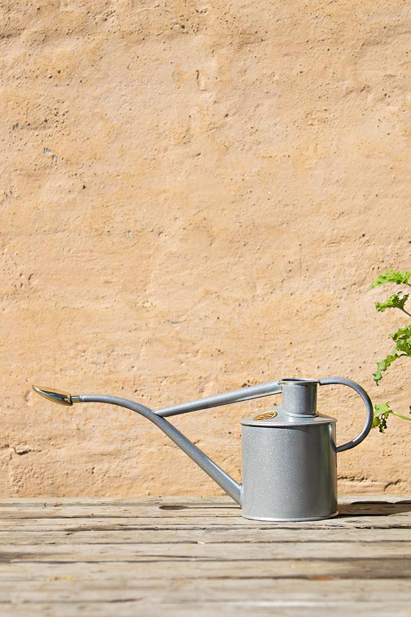 Vattenkanna 1 Liter Ljusgrå