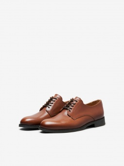 Louis Leather Derby Shoe Cognac
