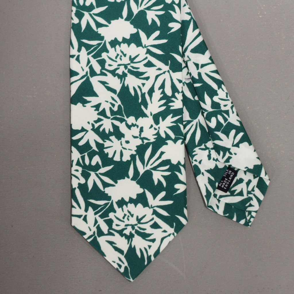 Drake's Tie Floral Silhouette Green