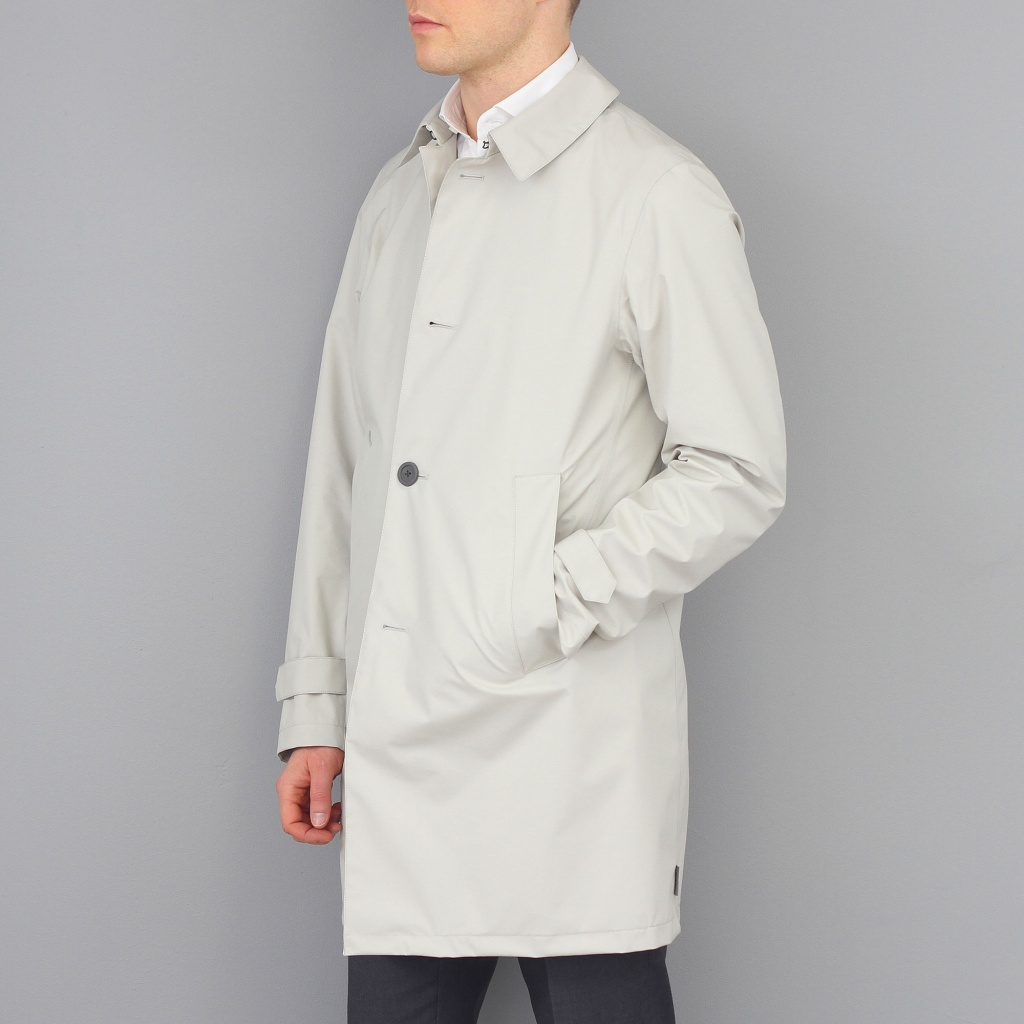 Herno Laminar Waterproof Raincoat Off White