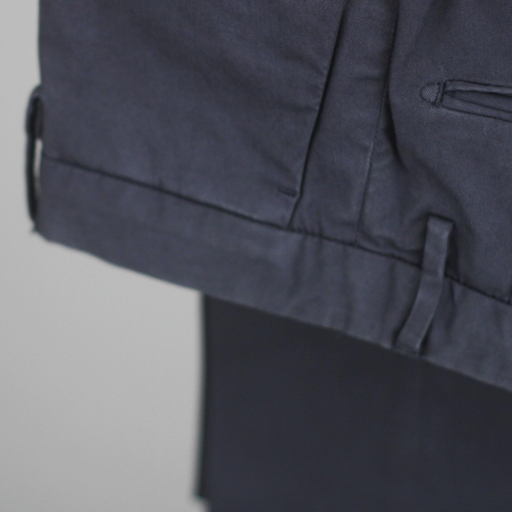 Incotex Slim Fit Lightweight Navy Chinos
