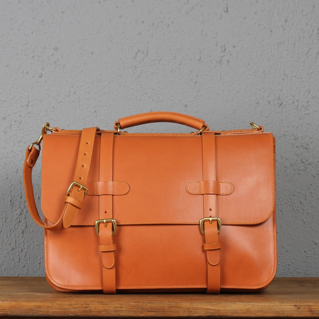 Frank Clegg Tan English Briefcase