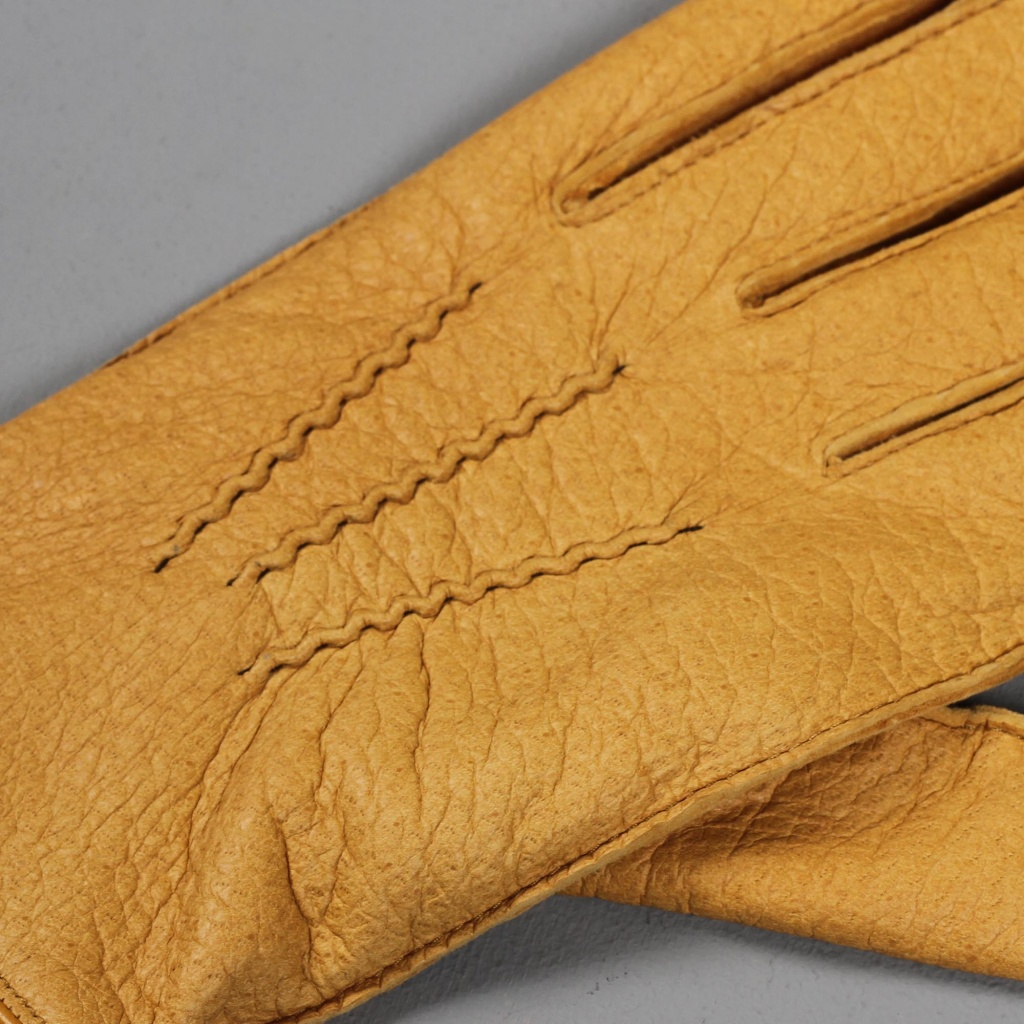 Dents Peccary Glove