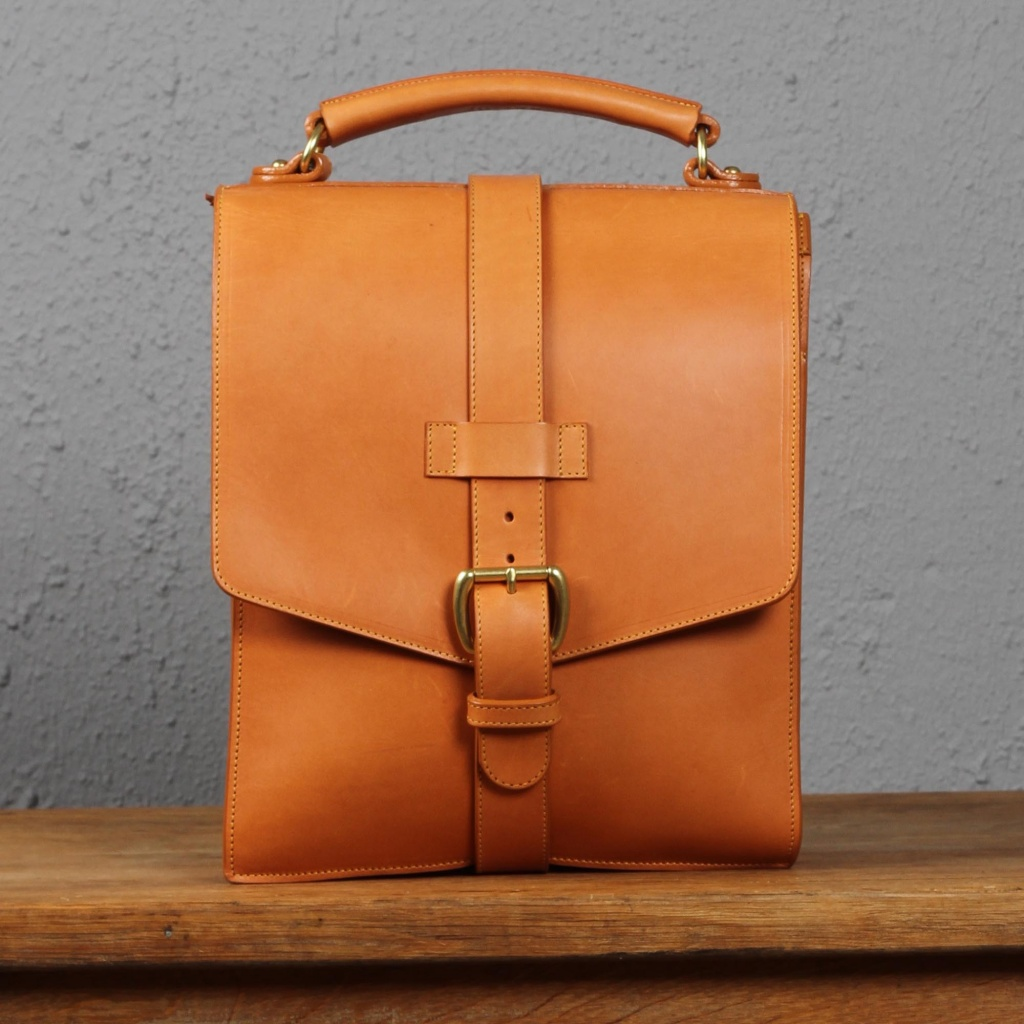 Frank Clegg Messenger Bag Satchel Tan