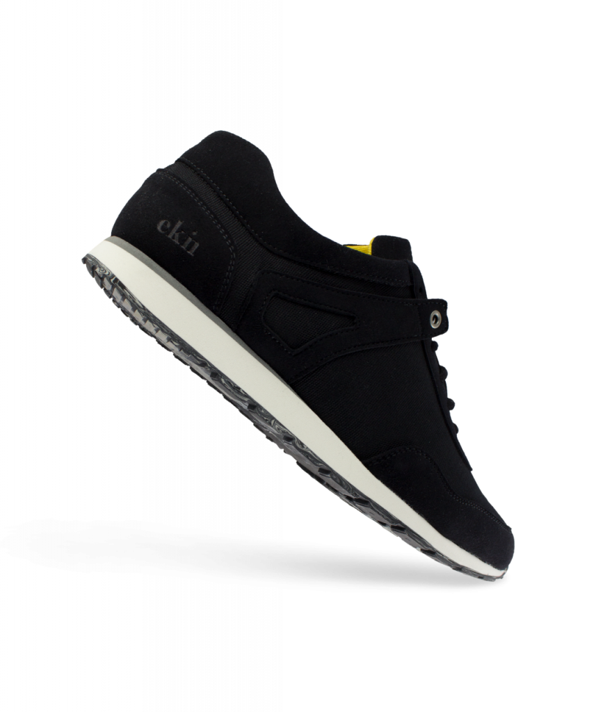 Low Seed Runner - Black