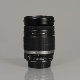 CANON EFS 18-200MM F/3,5-5,6 IS