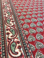 Orient röd