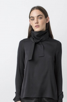 Aly blouse black, Ahlvar