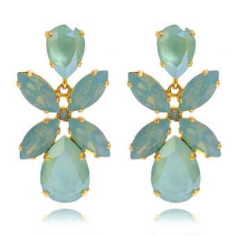 DIONE EARRINGS / MINT GREEN