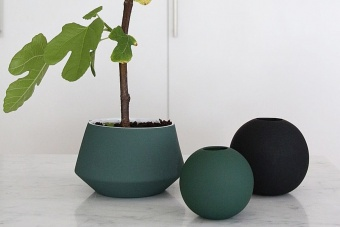 BALL VASE 8CM DARK GREEN