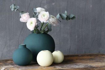 BALL VASE 20CM DARK GREEN