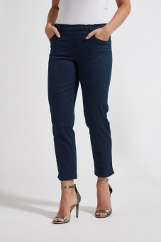 Laurie Hannah Regular Navy crop
