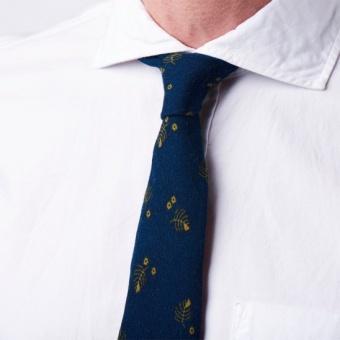 Boomerang John printed wool tie