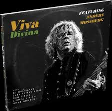 Divina (featuring Anders Mossberg)
