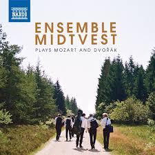 Ensamble midtvest plays Mozart and Dvorak