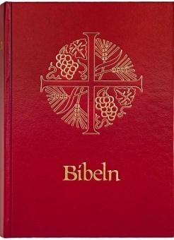 Bibel, rött hårdband, två märkband. Format: 130 x 180 mm