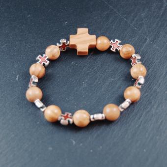 Rosenkrans, dubbeldekad pärlor i olivträ och kors i metall/röd emalj