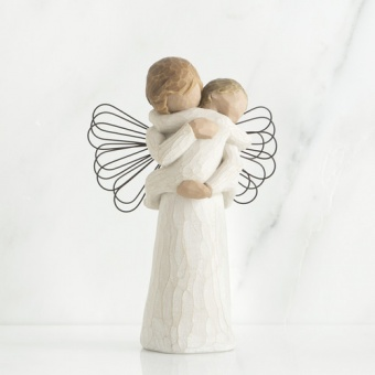 Angel's Embrace  14cm
