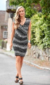 Klänning, svart/vit mönstrad