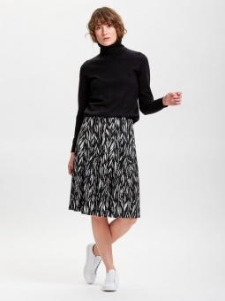 Ladies skirt, Manteli