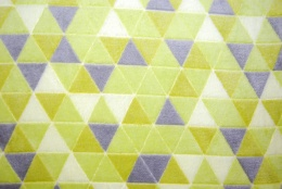 Triangles lime korallfleece