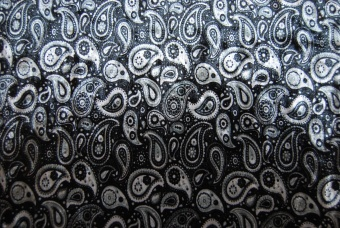 Stretchsammet silver paisley