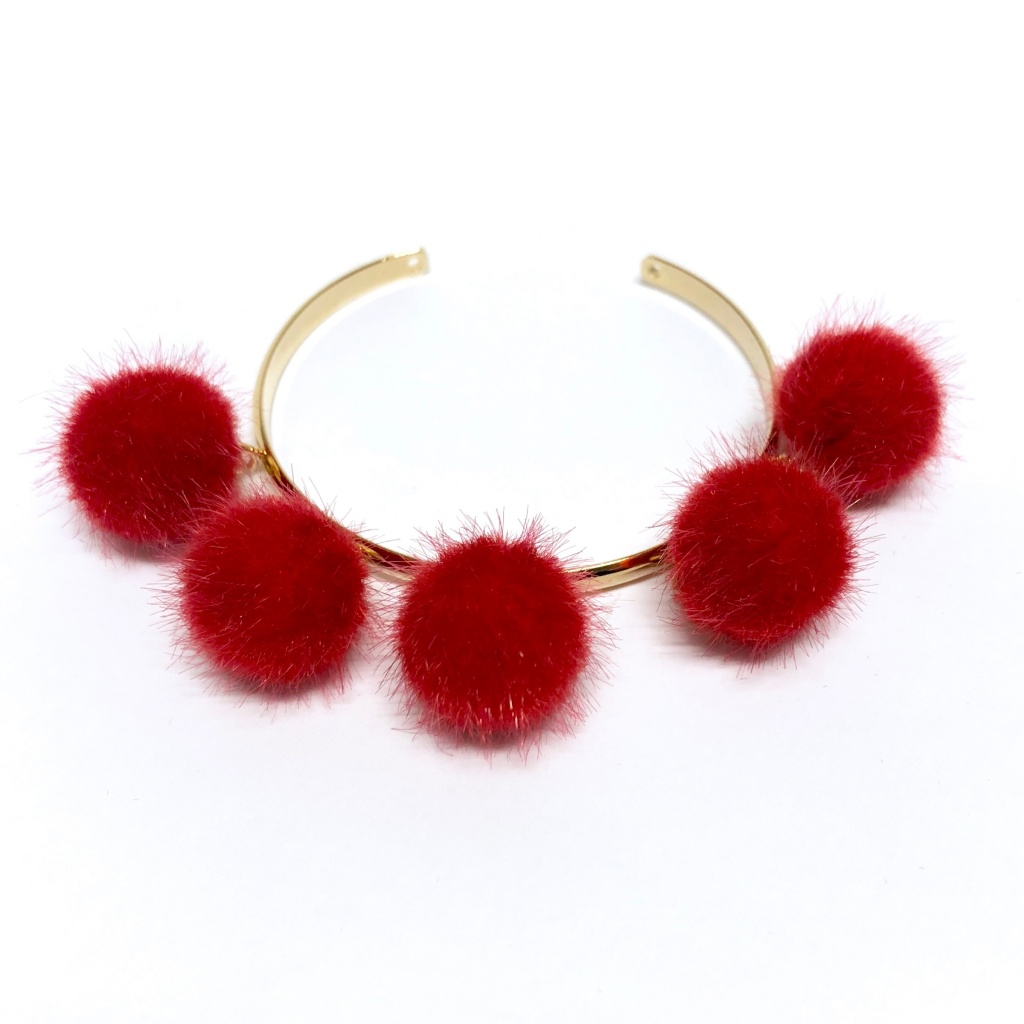 Sandra Teresa PomPom Armband Röd