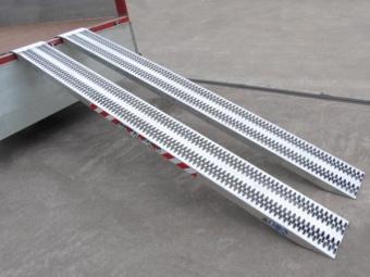 Last ramp M060 - 4000x315x68 mm - max 1200 kg - huvud med rör