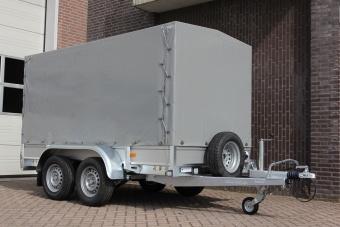 Reservhjul  med monteringsfäste framför släp 205-70-R15