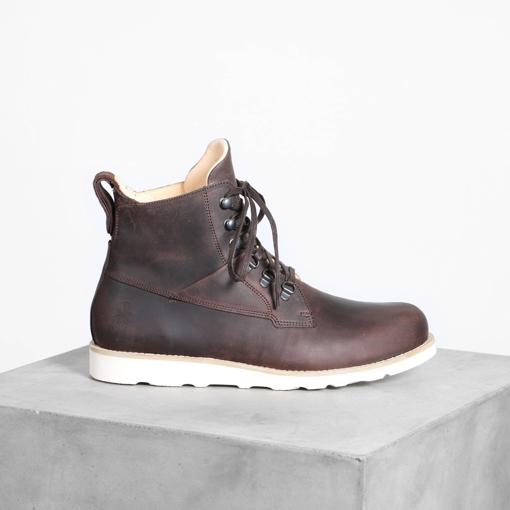 Cedar Boot - Brown