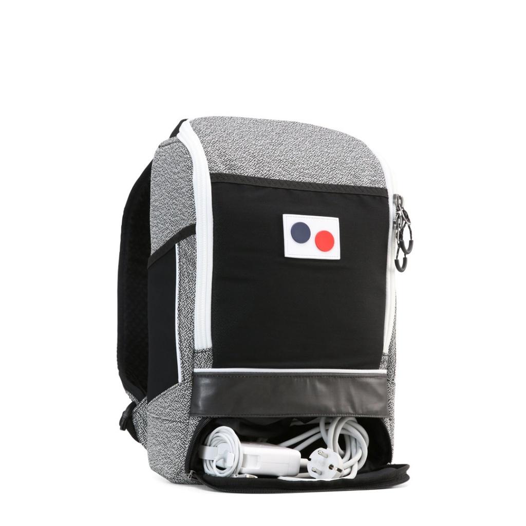 Cubik Small - Vivid Monochrome