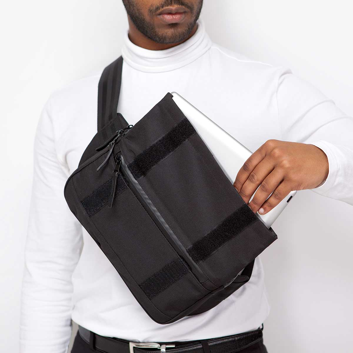 luca bag ufon iPad hip bag
