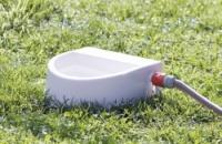 Vattenautomat för trädgårdsslang, 1.5 l/24 × 10 × 23 cm, vit