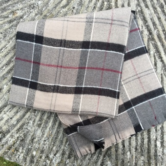 Barbour, staffin tartan serape