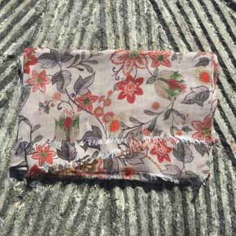 Stenströms scarf, flower