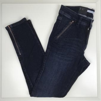 Cambio, Parla jeans