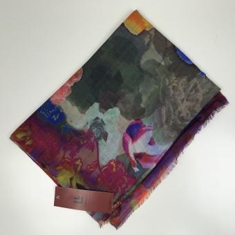 Linda Lykke sjal, Karla Pink