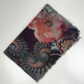 Linda Lykke sjal, Molly Multi