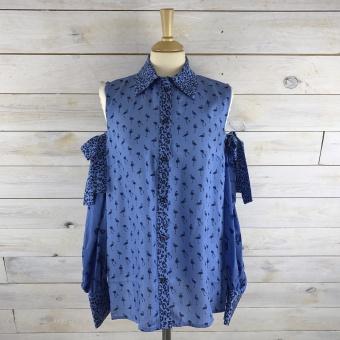 Baum und Pferdgarten, Manjuls blouse