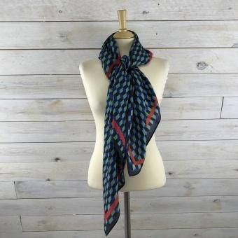 Baum und Pferdgarten, Lacey scarves